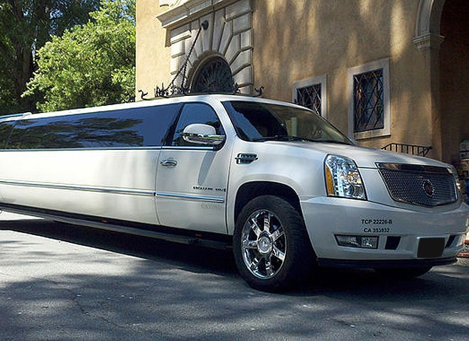 Lincoln Limo Highland