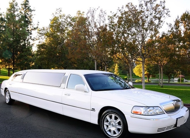 Stretch Limousine Highland