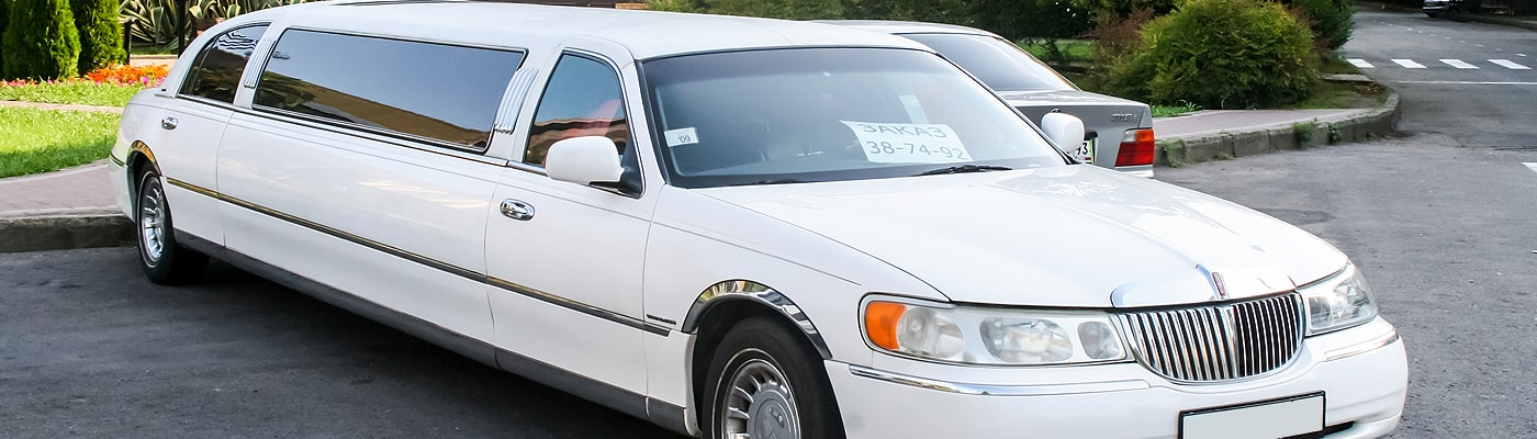 Stretch Limousine in Highland