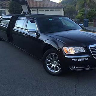 Luxury Airport Limousine in Highland CA