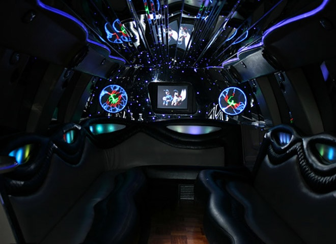 Highland Lincoln Limousine