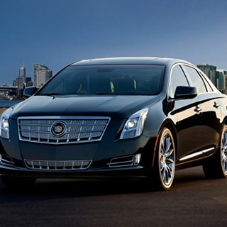 Highland Limo Service - Luxury Sedan