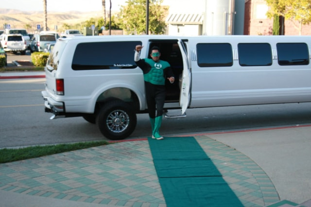 White Stretch Suv Limo Party Highland